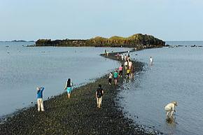 奎壁山と赤嶼